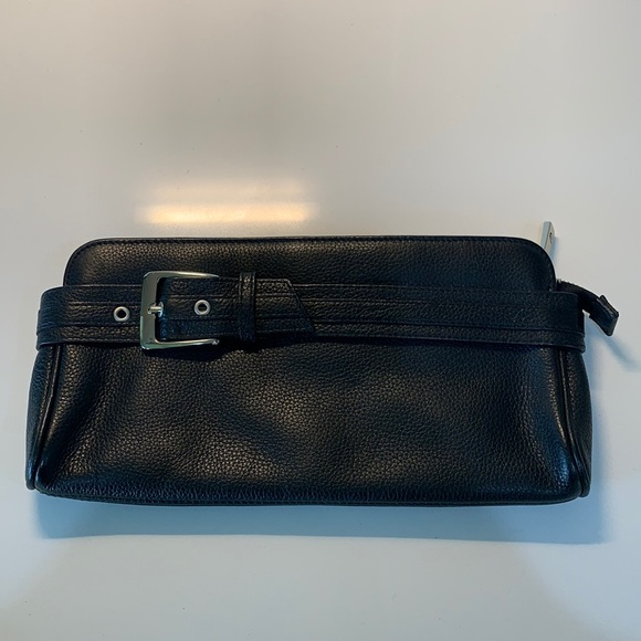 Express Leather Clutch Black
